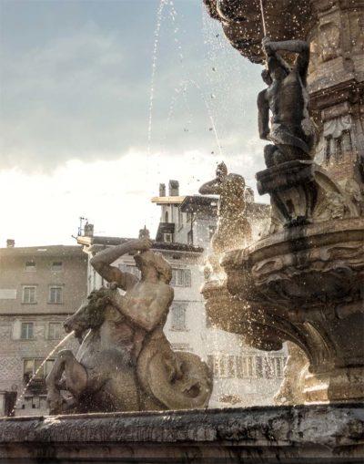 Fontana Nettuno piazza Duomo Trento