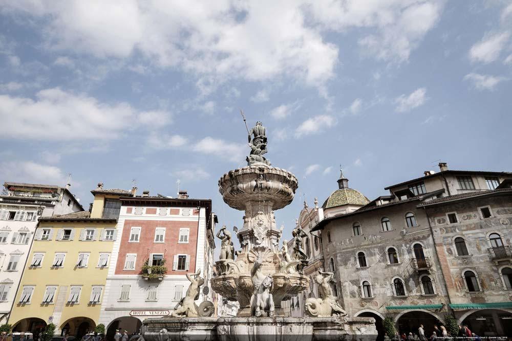 Vista della Piazza Duomo di Trento